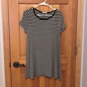 Black and white stripped T-shirt dress